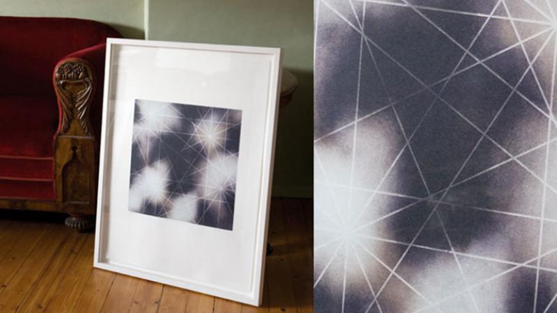 """Bildet """"Stjerner og kors"""" laget av Harald Fenn"""